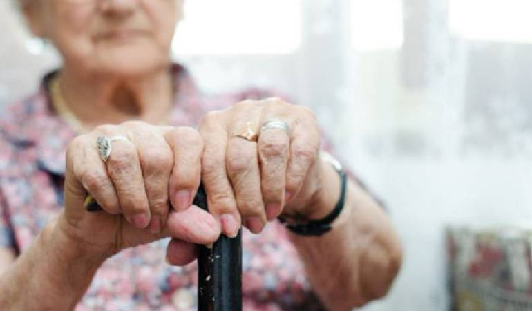 Subsidios para personas de la tercera edad: Aumentar subsidio al programa, otro reto de nuevo Gobierno: Colombia Mayor
