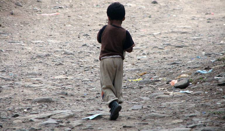 Violencia en el Catatumbo.: 44.000 niños en Catatumbo están en riesgo por grupos armados: ONG
