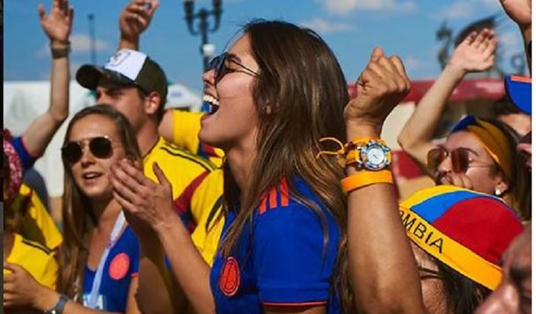 Así celebró Paulina Vega en Rusia: Paulina Vega celebró al ritmo de 'X', victoria de la Selección