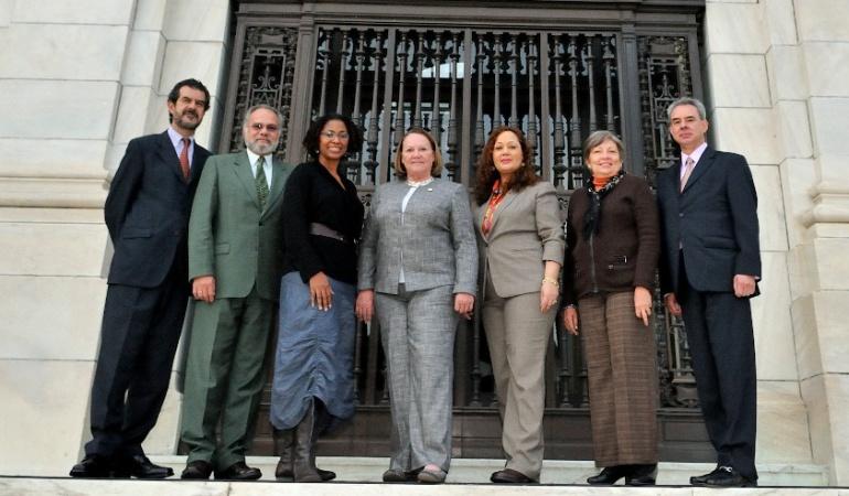 Reparación para Paralíticos y Pensionados: Parapolíticos y megapensionados piden reparación en la CIDH