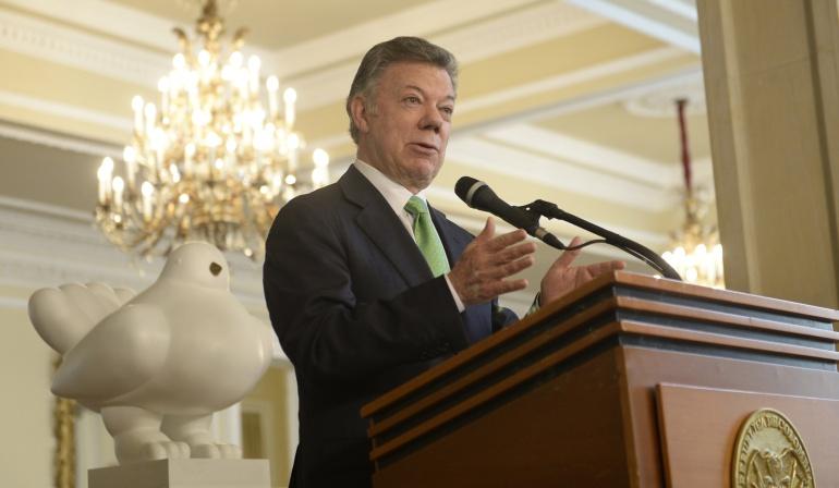 Competición Exportaciones Colombia: Colombia es hoy más competitivo en materia exportadora en el mundo: Santos