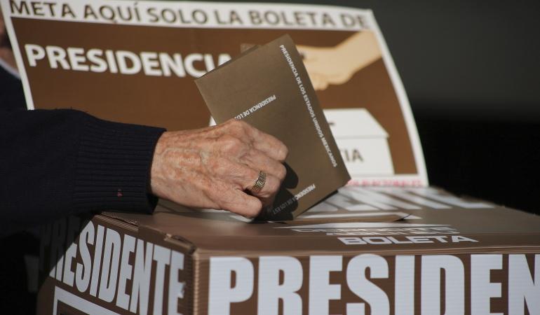 Jornada electoral: Votación en México transcurre con tranquilidad pese a retrasos: INE