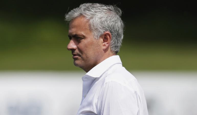 """Mourinho sorprendido teatro ingleses: Mourinho, sorprendido por el """"teatro"""" de los ingleses"""