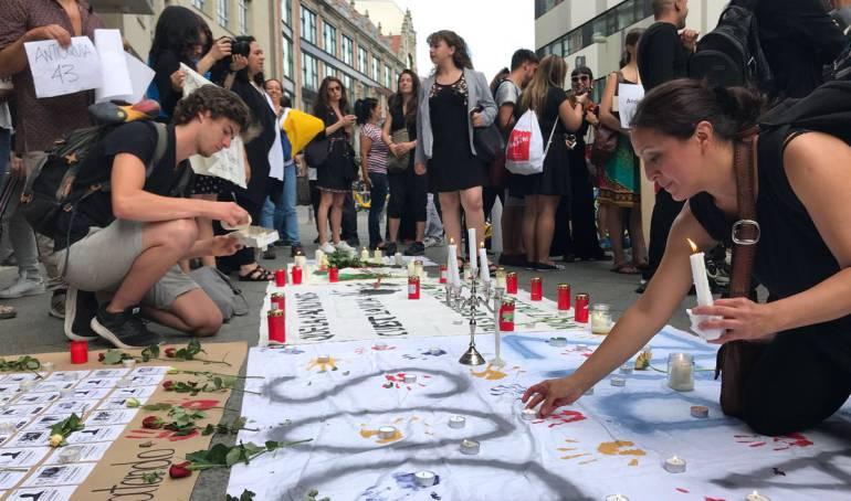Asesinato lideres sociales: 'Velatón', el mundo protestó por asesinato de líderes sociales en Colombia