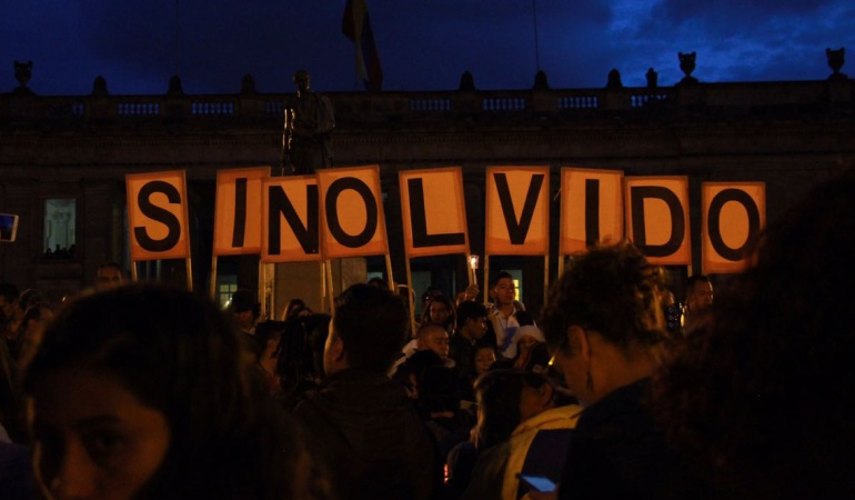 Criticas del uribismo a protesta por asesinato de líderes sociales: El polémico trino de un senador Uribista criticando la #VelatónPorLaVida