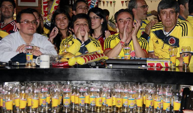 Venta de cerveza en aumento: Por el mundial de fútbol aumentó la venta de cerveza y televisores: Fenalco
