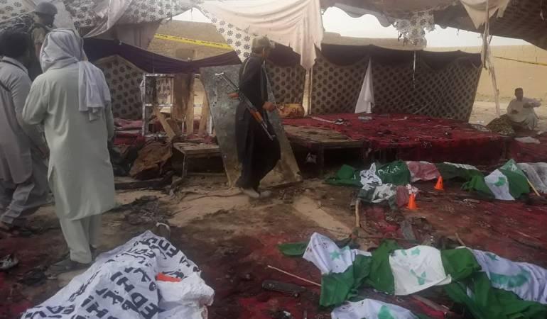 Atentados en Pakistan: Atentado suicida en Pakistán deja 128 muertos
