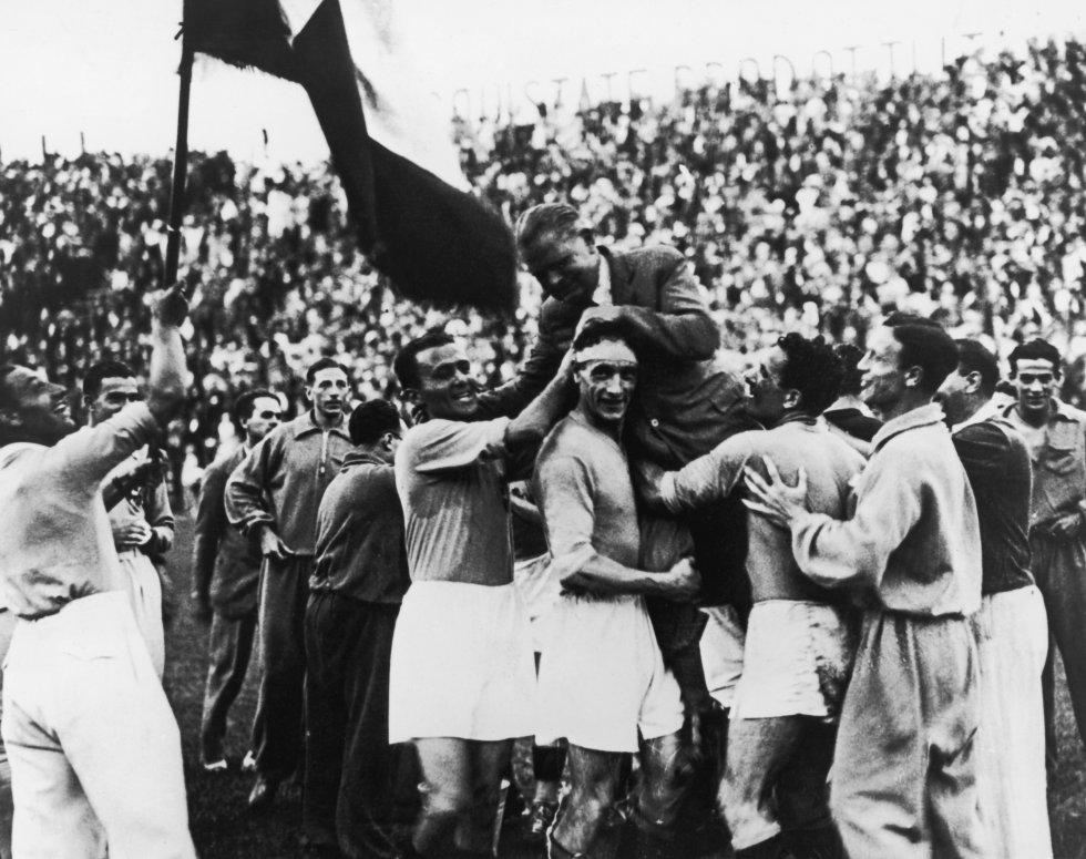 Sede: Italia 1934 / Campeón: Italia