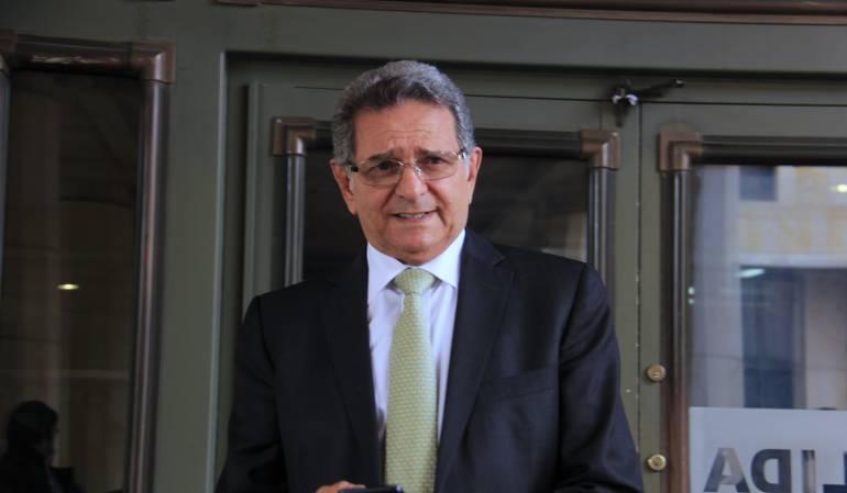 Julio Manzur