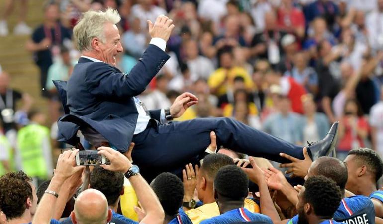 """Deschamps Francia campeón del mundo: Deschamps: """"Estaremos en el techo del mundo los próximos cuatro años"""""""