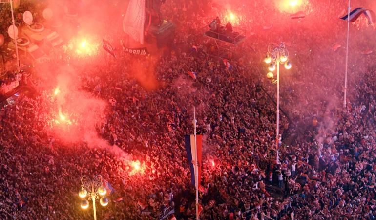 Recibimiento Croacia Zagreb: Apoteósico recibimiento a la Selección de Croacia a su llegada a Zagreb