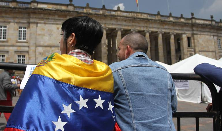 Migración de Colombia dice que 870.000 venezolanos residen en el país