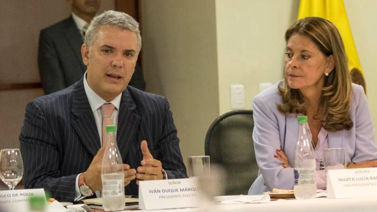 Consulta anti-corrupción: Carrillo y Duque impulsarán estatuto contra la corrupción