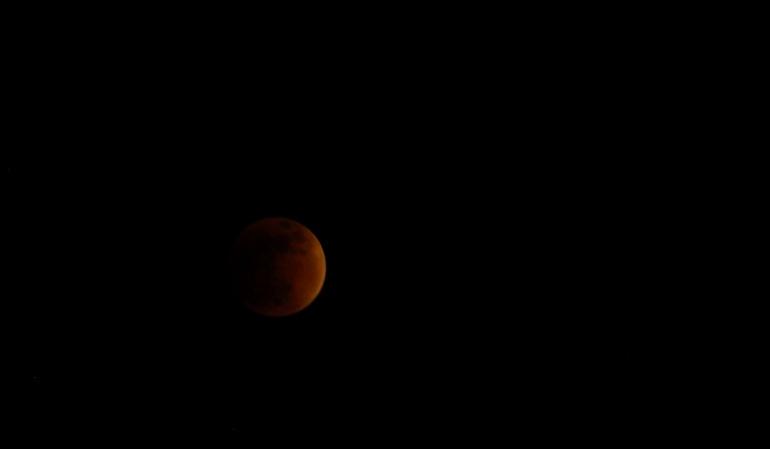 Se viene el eclipse total de luna más largo del siglo