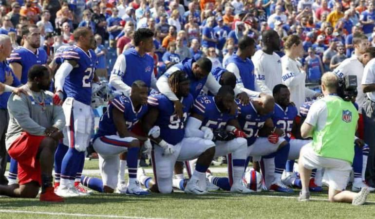 Protestas de jugadores de la NFL: Trump pidió suspender jugadores de la NFL que protesten en el himno
