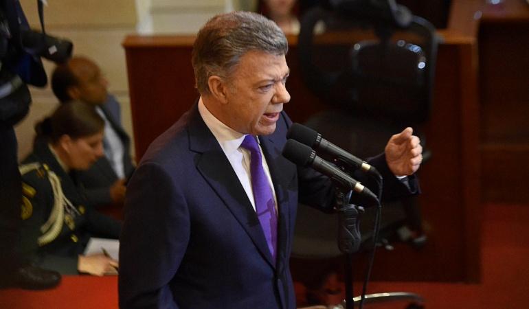 """Discurso de Santos: Discurso del presidente Santos fue una """"advertencia"""" necesaria: expertos"""