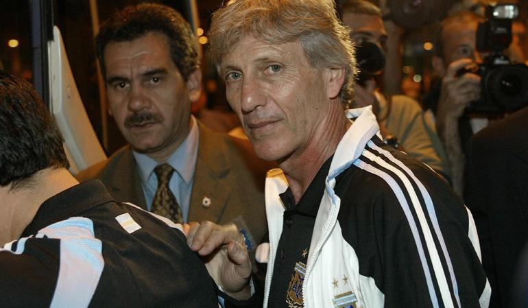"""Batistuta Pékerman Argentina: Batistuta: """"Si yo fuera Pékerman, le diría que no a Argentina"""""""