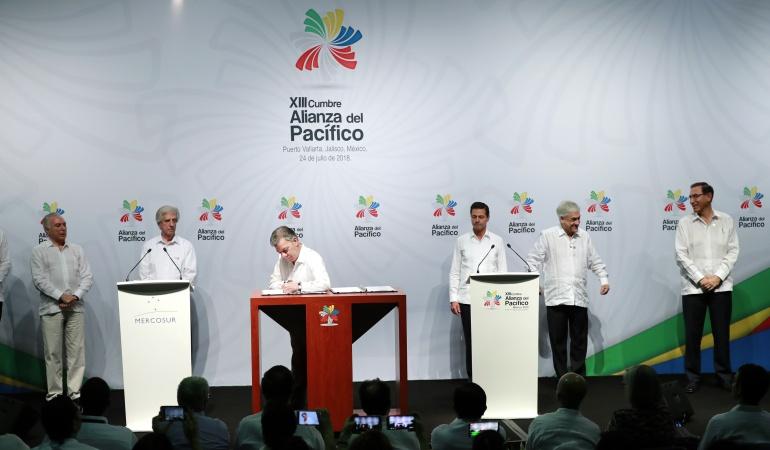 Alianza del Pacífico con Mercosur.