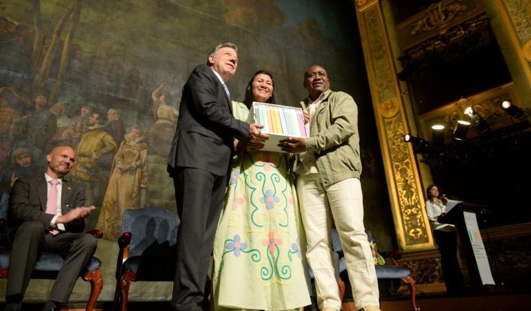 Proceso de paz.: Santos revela documentos secretos del proceso de paz con las Farc