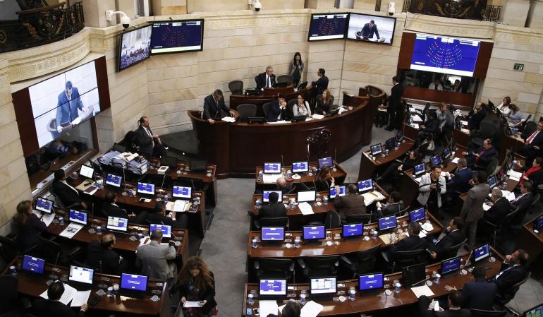 Caso Uribe Vélez: Renuncia de Uribe no generaría silla vacía