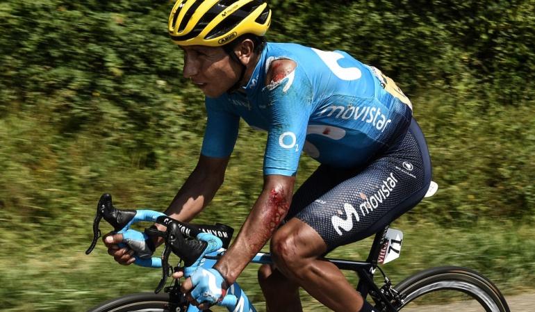 Nairo caída etapa 18: Nairo sufrió una dura caída en la etapa 18 pero continuó en carrera