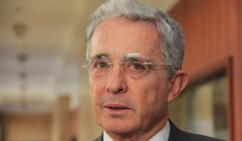 Indagatoria Álvaro Uribe Vélez: Proceso de Uribe no avanzará hasta que se resuelva recusación