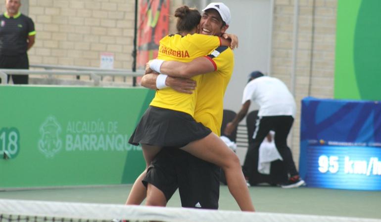 Oro tenis mixto Colombia: Eduardo Struvay y María Paulina Pérez ganan oro en el tenis mixto