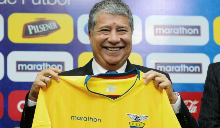 """Bolillo Gómez presentación Ecuador: 'Bolillo' Gómez: """"Sentía que algún día iba a volver... Esta es mi casa"""""""