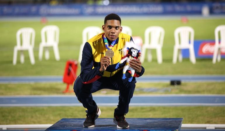 Bernardo Baloyes Juegos Centroamericanos Oro: Bernardo Baloyes se cuelga otro Oro en el atletismo para Colombia