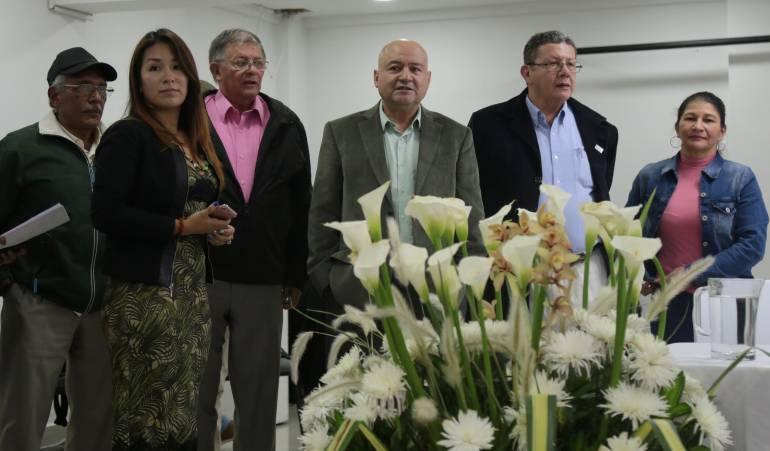 Farc piden a Santos seguir activo y defender la paz
