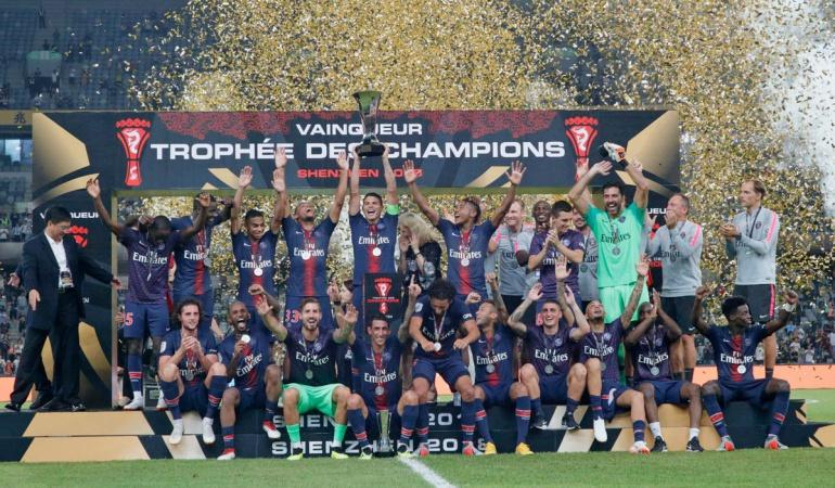 Con un gran Di María, PSG aplastó al Mónaco