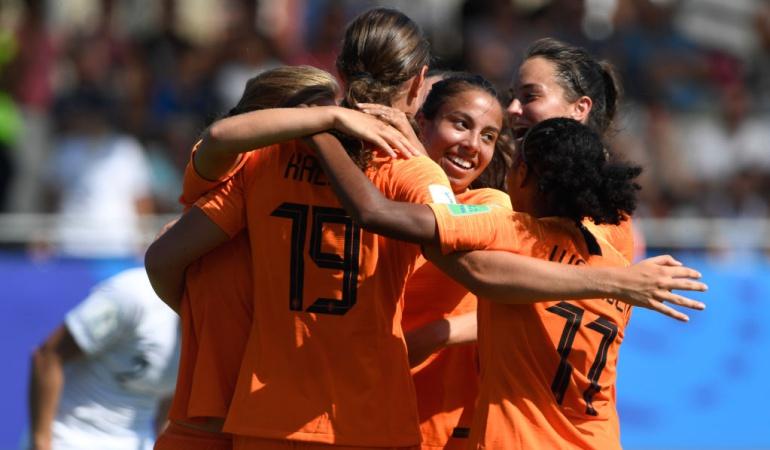 Inició Mundial Femenino Sub-20: Comenzó en Francia el Mundial Femenino sub-20