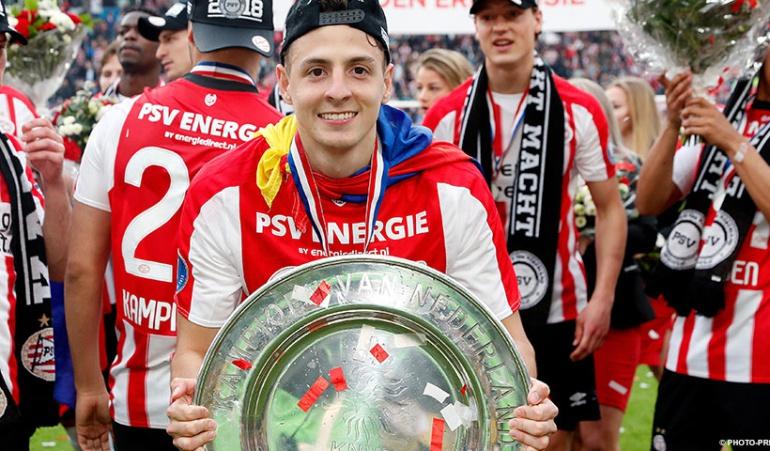 Santiago Arias PSV: Santiago Arias se despidió del PSV con un sentido mensaje