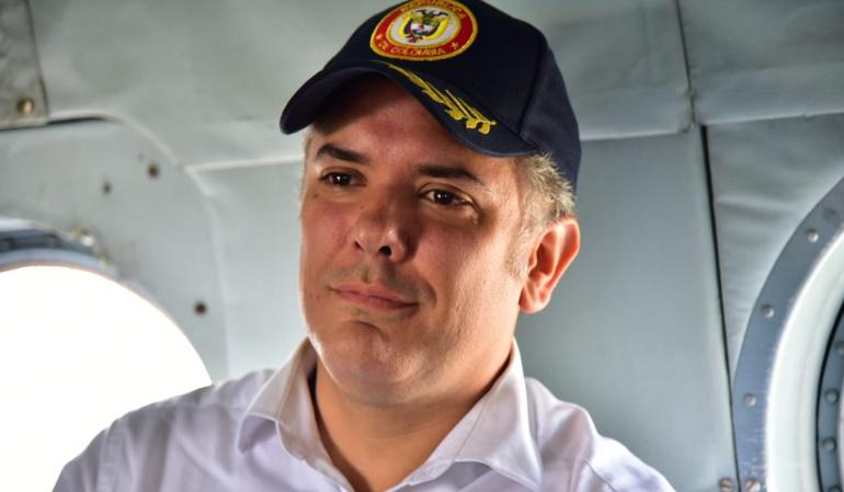 Evo viaja a Colombia para asistir a la posesión de Iván Duque