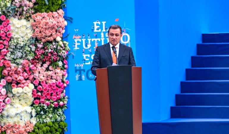 Discurso del presidente del senado Ernesto Macías.
