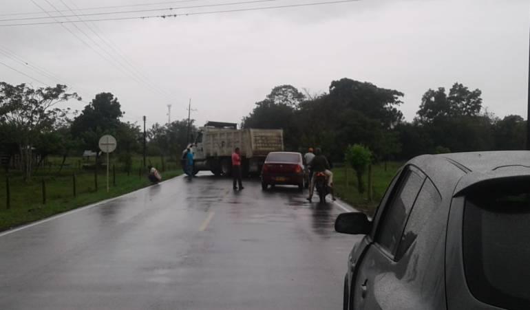 Acciones violentas en Arauca.: Dos ejes viales obstruidos por acciones de los violentos en Arauca