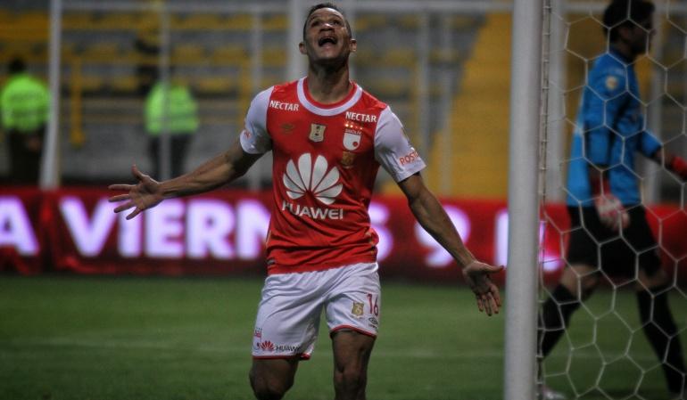 Anderson Plata Atlético Paranaense: Anderson Plata no va más con Independiente Santa Fe