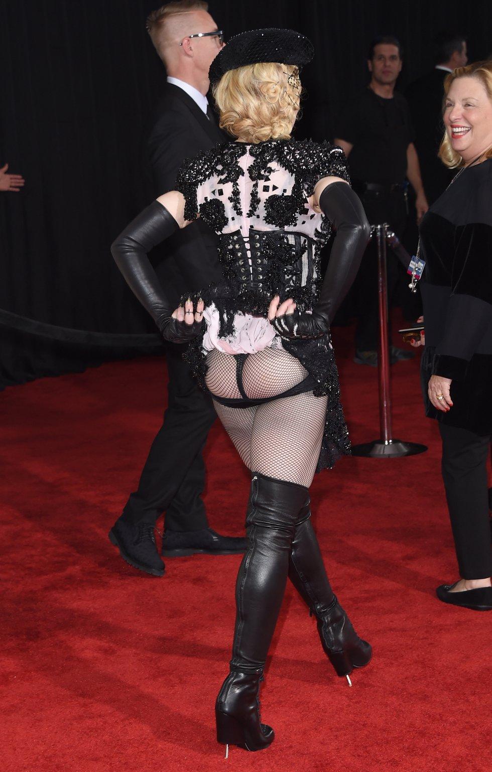 Icono del estrellato en el pop, del escándalo, de la transgresión y de la astucia comercial y artística, Madonna cumple 60 años este jueves convertida en un espejo en el que se miran y comparan incontables pretendientas a divas de la música.