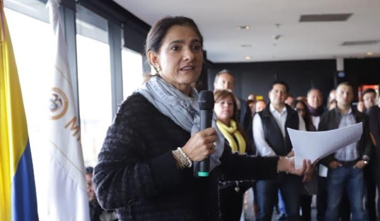 Vehículos irregulares en Colombia: Gobierno: No hay inventario de vehículos que operan irregularmente