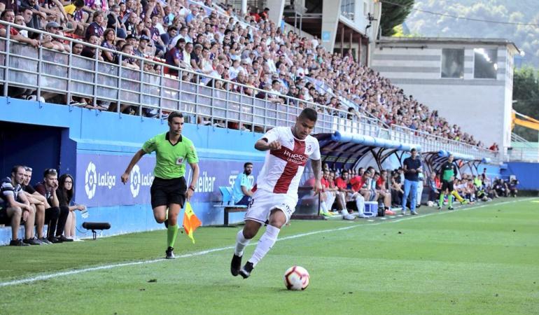 Juan Camilo 'Cucho' Hernández, Huesca, Liga de España: Destacado debut de Juan Camilo 'Cucho' Hernández en la Liga de España