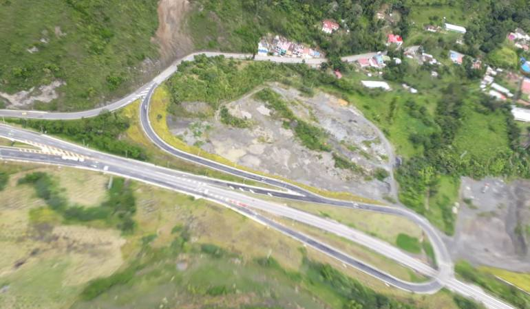 Construcción de Vías: En septiembre quedará resuelto problema en km 64 en Bogotá - Villavicencio