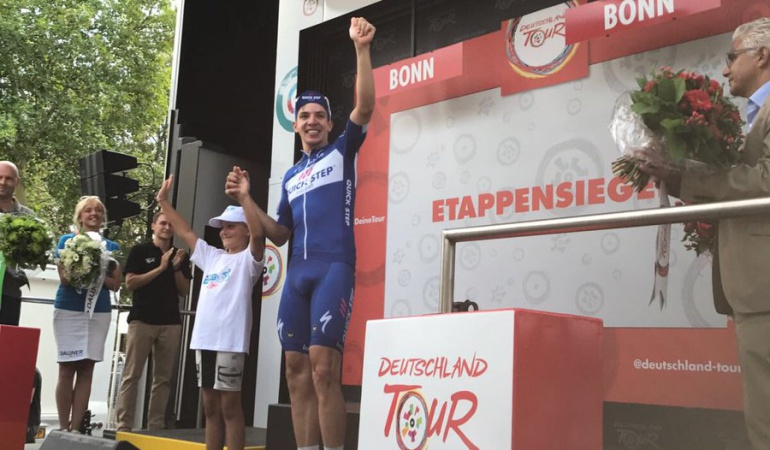 Álvaro Hodeg líder Vuelta Alemania: Álvaro Hodeg ganó primera etapa de la Vuelta a Alemania y es líder