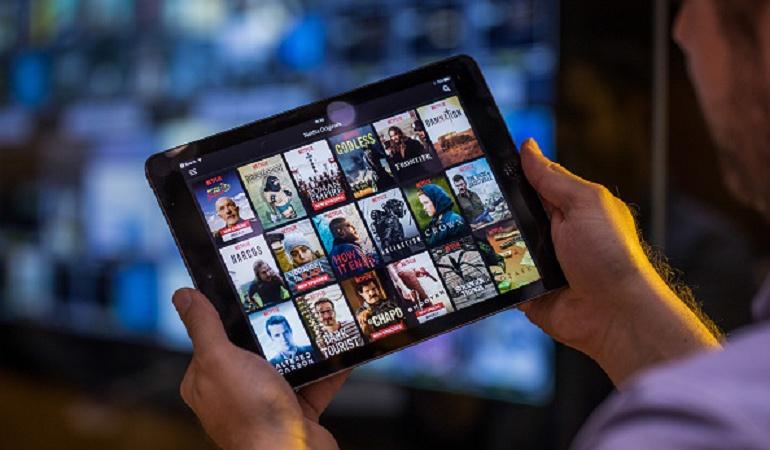 Netflix en la oficina: ¡Que no lo pillen! Workflix llegó para salvar sus maratones de Netflix