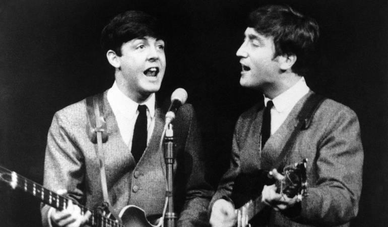 John Lennon y Paul McCartney.