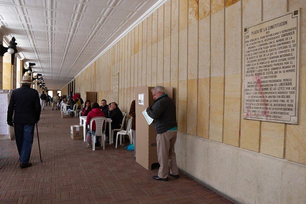Hacia las 2:00pm la participación había aumentado a 6.800.000 de votantes.