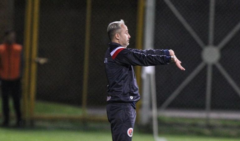 Flavio Robatto Atlético Bucaramanga: Flavio Robatto finalmente no dirigirá al Bucaramanga