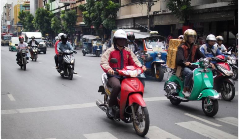 Educación motociclista China.: La curiosa medida pedagógica de China para educar a los motociclistas