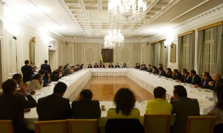 Consulta anticorrupción: Primer paso para el Pacto Nacional contra la corrupción
