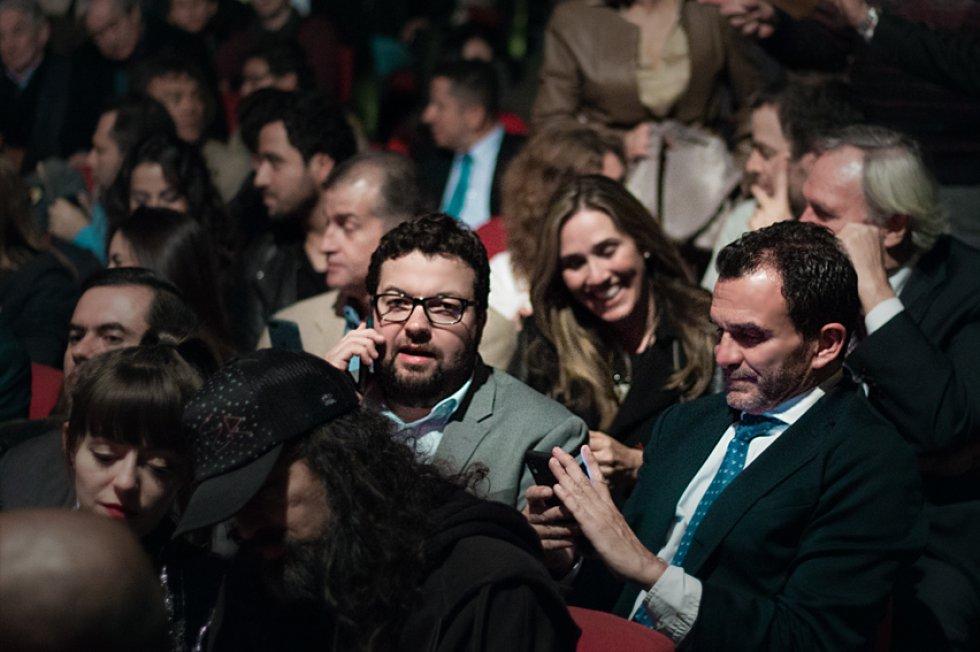 Ignacio Reglero, presidente de Caracol Radio (derecha), acompañado de Andrés Muñoz Jaramillo, gerente comercial de la compañía (izquierda).