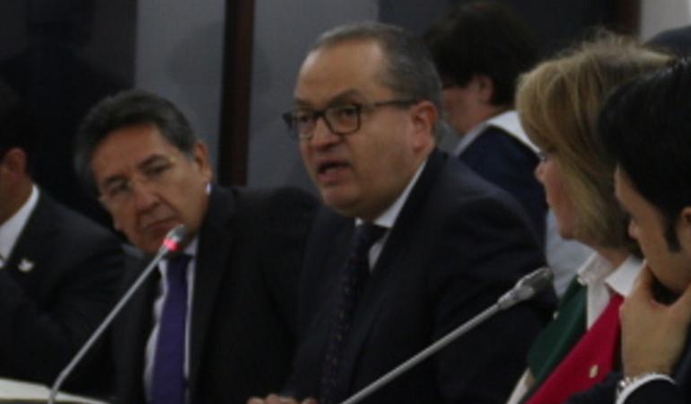 Fiscalía pone pero a propuesta de Procuraduría: Fiscal no comparte que Procuraduría asuma procesos de extinción de dominio